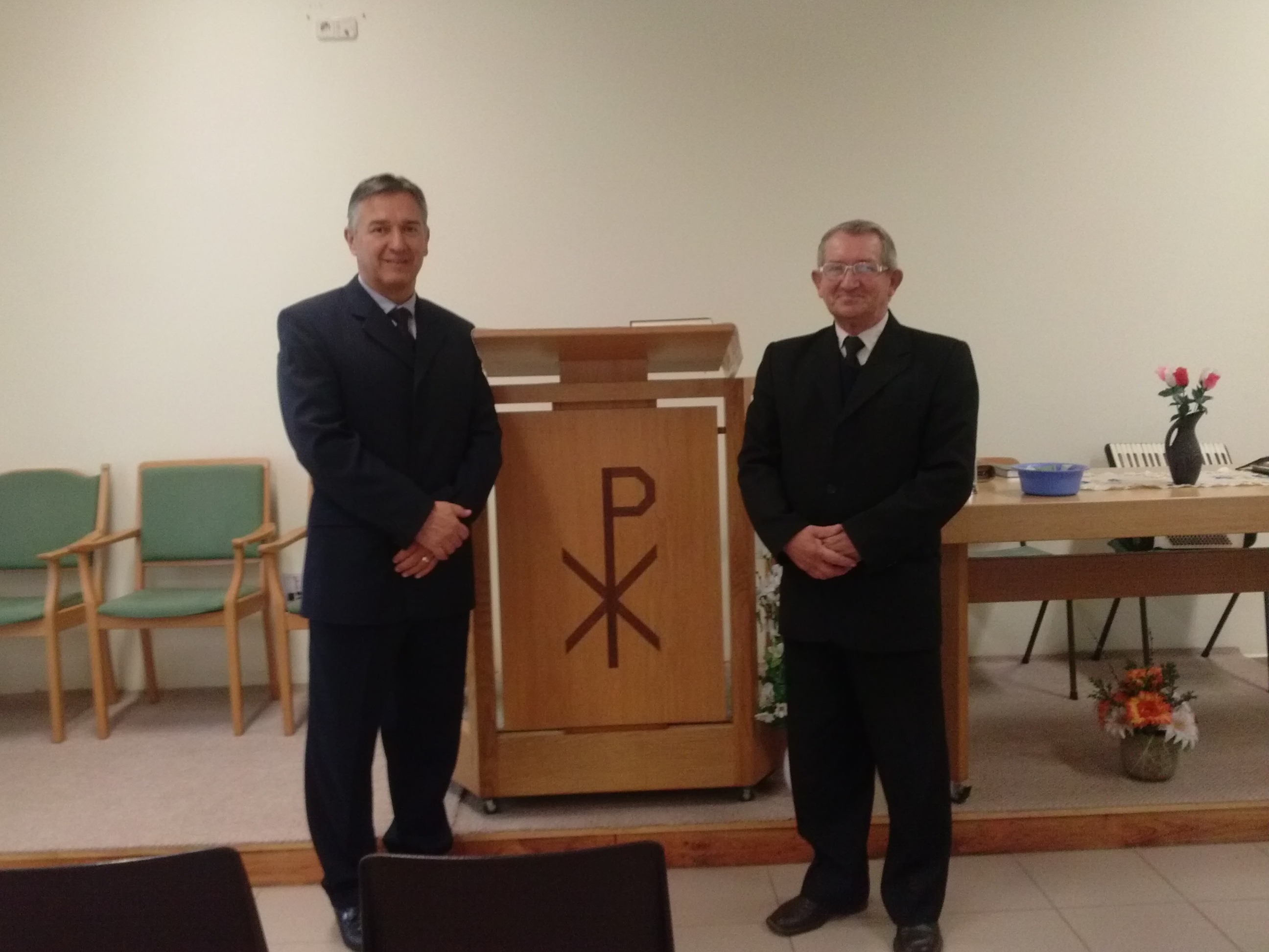 Pict. 2: Service in Albis with Pastor Béla Ferenczi